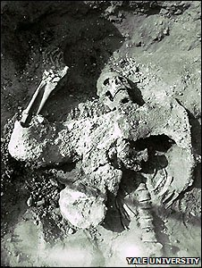 Remains of Persian soldier (Yale University Art Gallery, Dura-Europos Excavation Archive)