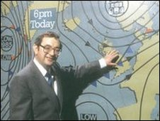 Weatherwoman standing in front of atlantic synoptic chart