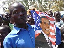 Kenyans at inauguration celebrations in Kogelo (19/01/2009)