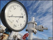 Pressure-gauge on a gas pipe in Ukraine