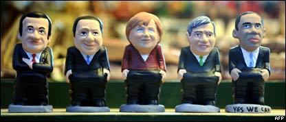 Куклы, изображающие мировых лидеров