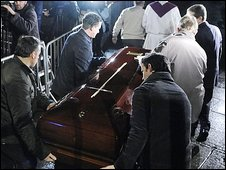 The coffin of Eta victim Ignacio Uria Mendizabal