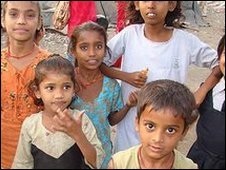 Slum children in Mumbai