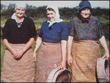 Elizabeth Jones, Gwyneth Phillips and Gwen Bevan