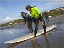 Surf lesson (Pic: Lifeworks)