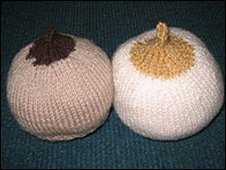 Knitted breasts