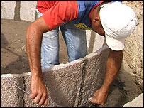 Construcción de una cisterna (Foto: gentileza ASA)