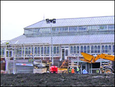 Isla Gladstone Conservatory during the restoration work