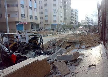 Damaged street in Tel al-Hawa district
