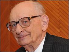 Prof Wladyslaw Bartoszewski