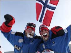 Norwegians Rune Malterud and Stian Aker at the South Pole (pic: Flash)