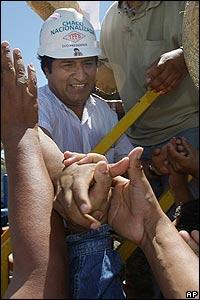 Presidente Evo Morales tras ceremonia de nacionalizaci�n de Empresa Petrolera Chaco S.A.