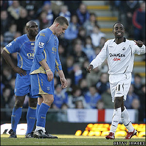 Nathan Dyer celebrates after scoring the opener for Swansea