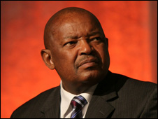 Cope leader Mosioua Lekota (2008 picture)