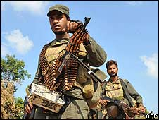 Sri Lankan troops (file photo: January 2009)