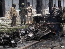 Wreckage of a suicide bomb vehicle in Mogadishu, Somalia, on Saturday 24 January 2009
