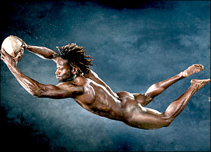Paul Sackey dives full-length in mid-air - naked