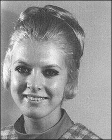 Lynda Farrow