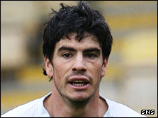 Hibs midfielder Fabian Yantorno