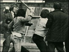 Peter Taylor being attacked by Loyalists in Belfast