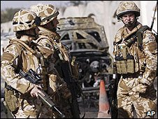 British soldiers in Basra, Iraq (Dec 2008)