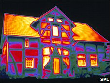 Thermal image of a house (Image: Science Photo Library)