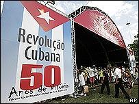 Exhibición de 50 años de la revolución cubana en el Foros Social Mundial en Belém