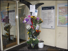 Flowers and cards for Lisa Mitchell