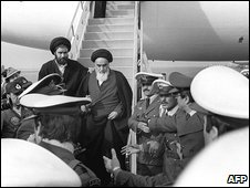 Ayatollah Khomeini arrives at Tehran airport (photo: 1/2/1979)