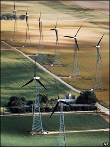 Iowa wind turbines (File picture)