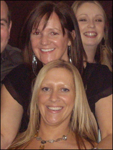 Andrea Smith (with dark hair) and her sister Tracey Heywood