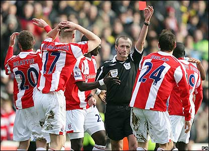 Referee Martin Atkinson sends off Delap