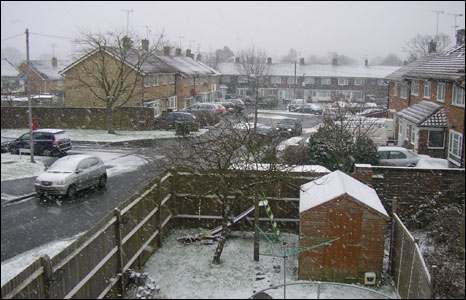 Snow in Crawley (Pic: Lee and Linda Turner)