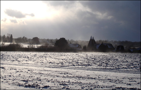 Snow on field in West Malling, Kent (Pic: Robert Lucas)