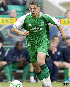 Abdessalam Benjelloun in action for Hibs