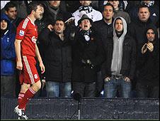 Robbie Keane faces Tottenham fans