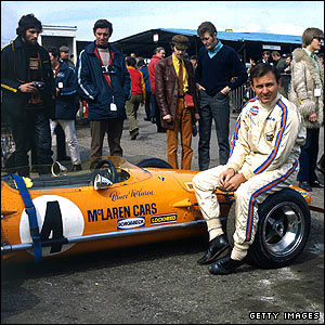 Bruce McLaren pictured in 1970 with his F1 car at Brands Hatch