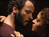 """لقطة من الفيلم الروائي """"المر والرمان"""""""