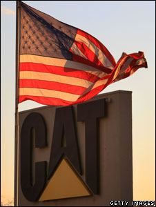 An American flag flies outside a Caterpillar plant, California, 26 january 2009