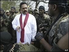 President Mahinda Rajapaksa with soldiers