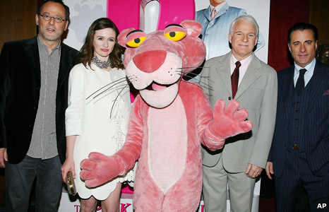 Jean Reno, Emily Mortimer, Pink Panther, Steve Martin and Andy Garcia