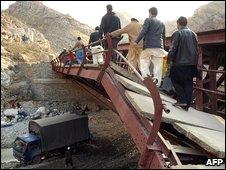 Bridge attack in Pakistan