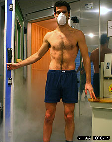 Mark Webber is treated in the cryogenic chamber