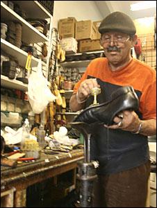 Rafael Ortiz, Miami cobbler