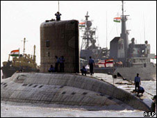 Indian kilo class submarine anchored off Mumbai (file image)