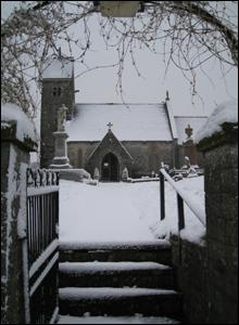 Eglwys Sant Owain yn Ystradowen, Bro Morgannwg (Huw Bunkham)