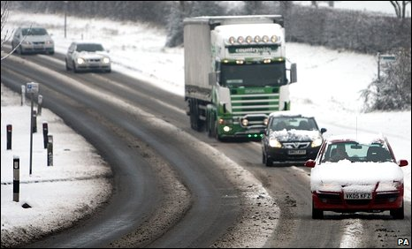 Traffic on the Worcester to Pershore Road after heavy snow in Worcestershire