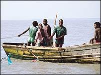 Pescadores en Sudáfrica (FOTO: Chris Béné)