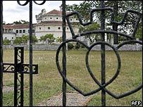 Monasterio en La Reja