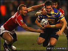 Danny McGuire tries to break through the Crusaders defence
